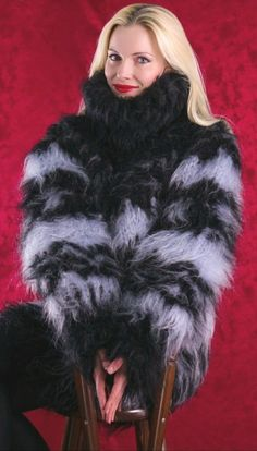 Angora, Fluffy Sweater, Mohair Sweater, Gros Pull Mohair, Black Pattern, Fur Coat, Chunky Knits, Turtle Neck, Jumpers