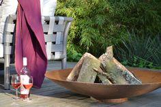 Design Feuerschale, schlicht und hochwertig. Für schöne und gemütliche Lagerfeuer Abende.