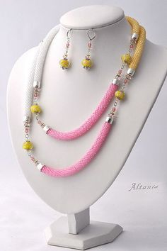 Simple and beautiful use of Kumihimo strands