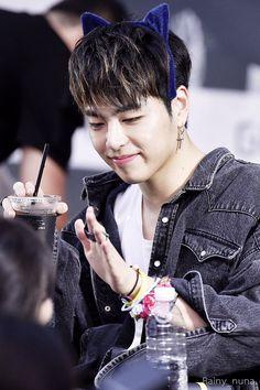 (10) ทวิตเตอร์ Yg Entertainment, Koo Jun Hoe, Jay Song, Ikon Kpop, Ikon Debut, Hip Hop, Kim Hanbin, K Idols, Beautiful Boys
