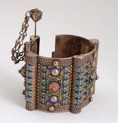 "suchasensualdestroyer: "" Berber (Morocco), Bangle, coral/enamel/silver, c. 1900. """