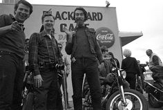 Captivating Photos Of Hells Angels From Outside the Blackboard Cafe, Bakersfield, California Rare Photos, Cool Photos, Amazing Photos, Coca Cola, Bakersfield California, Blue Cheer, Ghost In The Machine, The Lone Ranger, Hells Angels