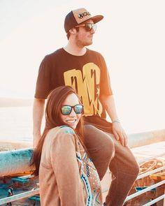 GLOBAL  vida y estilo  en la foto: gafas Big boss black , gafas Maverick blue, snapback Rider   #chile #handmade #bambu #estilo #globalsunglasses #sunglasses #mensunglasses #womensunglasses #polarizedsunglasses #fashion