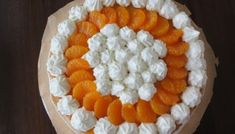 Topfenauflauf mit Aprikosen - Bine kocht! Pie, Canning, Sweet, Desserts, Recipes, Food, Dinners, Flourless Cake, Sweet Recipes