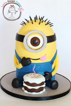 Minion Cake was made by Lori's Sweet Cakes . This Despicable Me Cake . My Birthday Cake, Minion Birthday, Minion Party, 16th Birthday, Happy Birthday, Sweet Cakes, Cute Cakes, Bolo Minion, Cake Minion