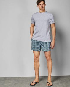 Explore men's swimwear at Ted Baker, and make a splash with Ted's wide range of printed and plain trunks. Mode Masculine, Mens Leisure Wear, Barefoot Men, Designer Clothes For Men, Mode Style, Mens Clothing Styles, Swim Shorts, Sensual, Printed Shorts