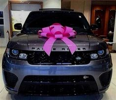 Range Rover complete with a Pink Bow. Range Rover complete with a Pink Bow. Range Rover complete with a Pink Bow. Range Rover complete with a Pink Bow. Range Rover Sport, Suv Range Rover, Pink Range Rovers, Jaguar Land Rover, Bmw I3, Top Luxury Cars, Luxury Suv, Luxury Life, Toyota Prius