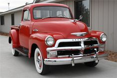 Learn How To sell your photos online easily And Make Profits. Vintage Pickup Trucks, Classic Pickup Trucks, Old Ford Trucks, Diesel Trucks, Lifted Trucks, Chevrolet 3100, Chevrolet Trucks, Chevrolet Impala, Old Tractors