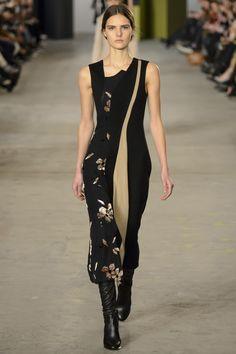 Boss | Fall 2016 Ready-to-Wear | 07 Black floral sleeveless midi dress