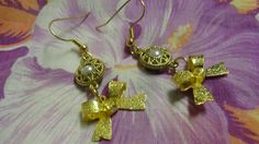 Simulated Pearl Gold Tone Bow Dangle Pierced Earrings by FishersofWomen on Etsy