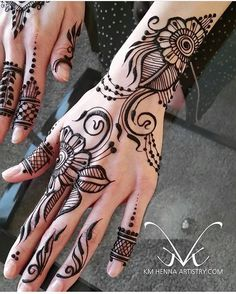 "5,439 Likes, 13 Comments - We Are Here To Inspire You (@hennalookbook) on Instagram: ""Henna @kmhennaartistry"""