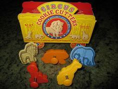 Williams Sonoma Circus Animal Cracker Cookie Cutters Set of 5 RARE | eBay