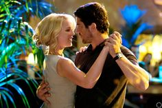 "HQ HQ Gerard Butler & Katherine Heigl in ""The Ugly Truth"" - 2009"