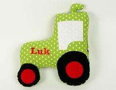 Traktorkissen,40cm,Treckerkissen,Trecker mit Namen von bella & gretel auf DaWanda.com