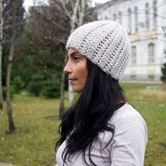 Make this knit-look crochet hat with just one skein of Lion Brand Wool- 9798e6f10eb