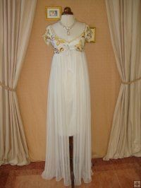 0 0 0 Exquisite 60's Wedding Prom Winter White Beaded Gown