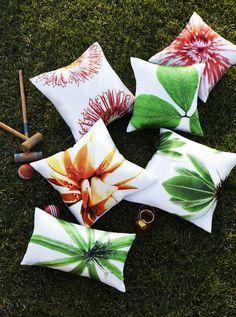 colorful pillows!