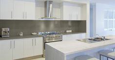 Dekton bietet eine angenehm glatte Oberfläche mit hervorragenden Reinigungseigenschaften.   http://www.kunststein.net/dekton-ultraduenner-dekton