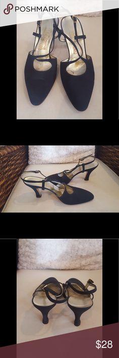 Ferragamo sling-back classic pumps Black and sophisticated. Ferragamo Shoes Heels
