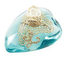 Lolita Lempicka ''L'' eau De parfum Spray: Een zoutige kus van eeuwig bloeiende bloem. Elixer dat je overwelmd. Deze frisse oriëntaalse geur streelt je huid.
