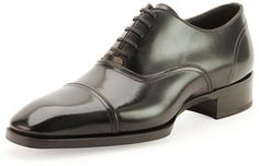 TOM FORD Gianni Cap-Toe Lace-Up Shoe, Black