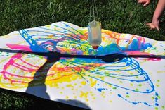 Pendulum Painting. A fun summer craft perfect for any age! Visit the website for even more amazing crafts!