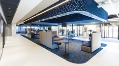 Rabobank Gelderse Vallei | Project with Casala contract furniture Space Interiors, Office Interiors, New Interior Design, Modern Interior, Tiles Texture, Open Office, Contract Furniture, Sustainable Design, Great Rooms