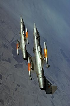 Lockheed F-104 Starfighters. Beautiful and lethal. Often to their own pilots. The German Air Force nicknamed them 'widow-makers'.