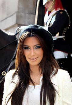 Knit Cap Kim Kardashian Hair Style Looks Amazing With The Beanie Kim Kardashian Weight Loss