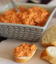 I offer you a recipe for Chorizo Spread, easy and simple to make with the thermomix. Chorizo, Tapas, Tomate Mozzarella, Charcuterie, Pesto, Macaroni And Cheese, Brunch, Food And Drink, Favorite Recipes