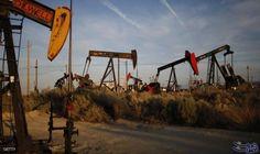 تراجع أسعار النفط وسعر الخام العربي الخفيف…: تراجعت أسعار النفط ، الجمعة، مع عودة المستثمرين إلى التركيز على تخمة المعروض في ظل انتعاش…