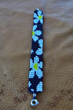 bead embroidery patterns on fabric Loom Bracelet Patterns, Bead Loom Bracelets, Beaded Jewelry Patterns, Bracelet Designs, Bead Crochet Patterns, Bead Embroidery Patterns, Beading Patterns, Beading Ideas, Beading Supplies