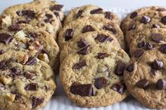 You can make amazing Low FODMAP One-Bowl Chocolate Chunk Cookies is less time than it takes to preheat the oven! Fodmap Dessert Recipe, Fodmap Recipes, Dessert Recipes, Fodmap Foods, Fruit Recipes, Potato Recipes, Diet Recipes, Vegetarian Recipes, Fodmap Baking
