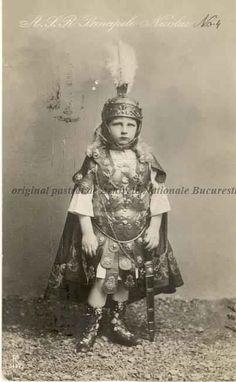 Principele Nicolae al României, 1913 (niv. Romanian Royal Family, Queen Anne, Descendants, Edinburgh, Royals, Country, Home, Rural Area, Country Music