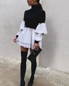 How to dress for a date when is cold outside Winter Date Outfits, First Date Outfits, Short Outfits, Cute Outfits, Cocktail Outfit, Cocktail Party, Black Leather Pencil Skirt, Clubbing Outfits, Pencil Skirt Outfits