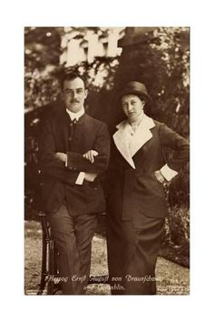 Ernst August of Hanover and Viktoria Luise of Prussia. Princess Victoria, Queen Victoria, Ernst August, Kingdom Of Great Britain, History Class, Herzog, Portraits, Prussia, Ways Of Seeing