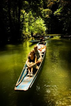 Traditional longtail boats are the best way to explore Gunung Mulu National Park in Sarawak http://www.travelnation.co.uk/borneo/