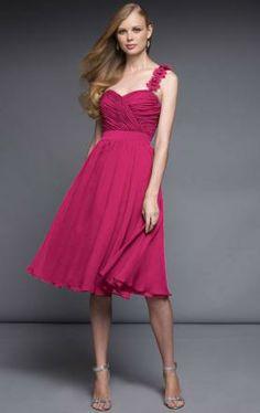 Regal Floral-Strapped Top-ruched Flowy A-line Dress Bridesmaid Dresses 2017, Knee Length Bridesmaid Dresses, Knee Length Dresses, Formal Dresses Online, Chiffon Dress, Bridal Gowns, Evening Dresses, Fashion Dresses, Shoulder
