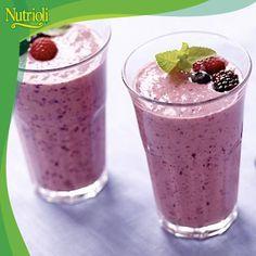 ¡Comienza tu día con energía y prepara un delicioso licuado de zarzamora!  Las zarzamoras son una buena fuente de vitamina C, potasio, hierro y fibra. Además posee acción antioxidante que ayudan a fortalecer tu corazón.   Necesitarás: 1 taza de leche 1 taza de zarzamoras ½ taza de yogurt natural Miel o azúcar hielo  Mezcla todos los ingredientes en la licuadora y ¡disfrútalo!   ¡Buen inicio de semana! ¡Chop, chop, chop!