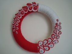 Red and White Yarn Wreath with Oysters and Pearls10 in by astrausa, $35.00