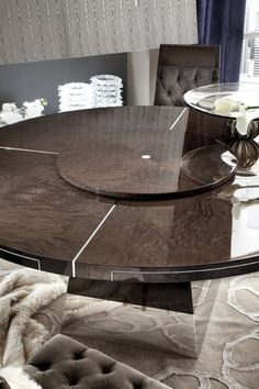 Giorgio Absolute Round Dining Table 4010  Italy 2000 - Los Angeles | Sherman Oaks, California