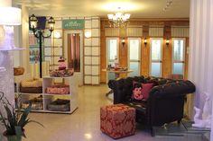 The Lobby of Pet Hotel