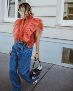 Top Street Style, Street Style Women, Blouse Outfit, Summer Outfits Women, Spring Summer Fashion, Mom Jeans, My Style, High Fashion, Women's Fashion