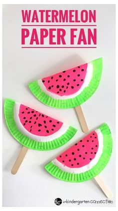 Easy Paper Fan Watermelon Craft for Kids using frugal supplies you already have on hand! Perfect for a summertime craft, rainy day or party craft! for kids easy preschool Easy Paper Fan Watermelon Craft for Kids Crafts For Teens To Make, Easy Arts And Crafts, Summer Crafts For Kids, Fun Diy Crafts, Diy For Kids, Decor Crafts, Arts And Crafts For Kids Easy, Cute Kids Crafts, Rainy Day Crafts