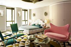 Hotel Le Montana in Paris. 6 suites and a lot of genius. Design Hotel, Modern Bedroom, Bedroom Decor, Paris Bedroom, Bedroom Lamps, Wall Lamps, Bedroom Lighting, Master Bedrooms, Design Bedroom