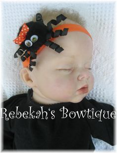 Halloween Black Itsy Bitsy Spider Small Hair Bow Hairbow Headband OR Clip Infant Toddler Girls Baby Babies Orange Dots by RebekahsBowtique on Etsy Diy Hair Bows, Diy Bow, Hair Ribbons, Ribbon Bows, Baby Bows, Baby Headbands, Crochet Headbands, Halloween Hair Bows, Halloween 2015