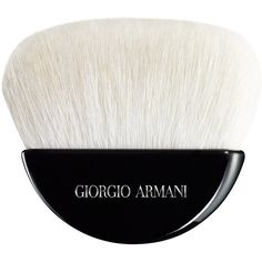 Giorgio Armani Sculpting Powder Brush online kaufen bei Douglas.de (£110) ❤ liked on Polyvore featuring beauty products, makeup, makeup tools, makeup brushes, filler, used beauty, makeup powder brush, giorgio armani and powder brush