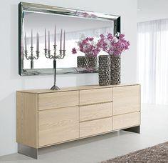 Ador nordico Opale   Material: Madera de Fresno   Existe la posibilidad de realizar el mueble en diferente color de acabado, ver imagen de galeria... Desde Eur:2133 / $2836.89