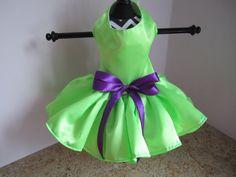 Perro vestido XS verde neón alta costura por NinasCoutureCloset                                                                                                                                                                                 Más