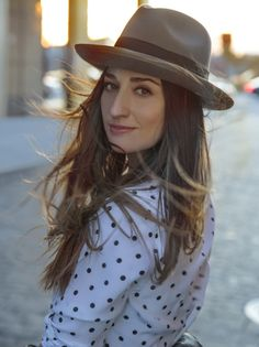 Sara Bareilles is gorgeous.  And talented.  And awesomesauce.